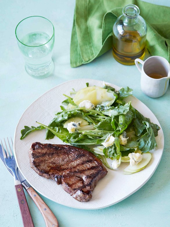 Barbecued rump steak with pear & blue cheese salad