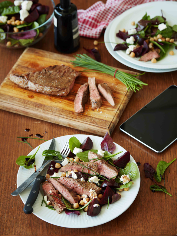 Barbecued beef, beetroot and chickpea salad