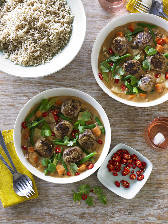 Red Thai beef meatball curry